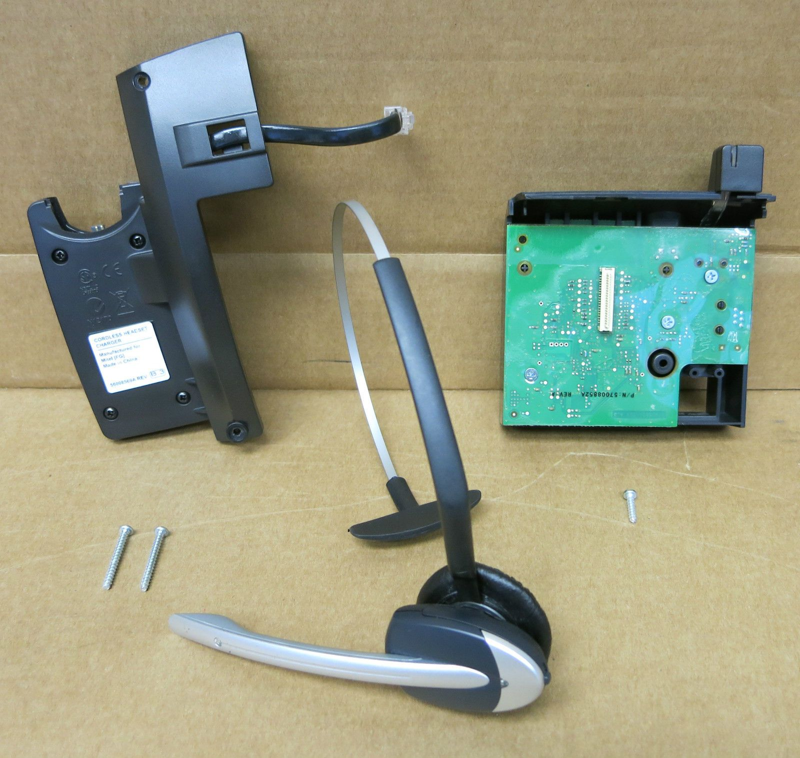 Mitel Cordless Headset, Charger 56008569A + Cordless Accessories Module  50005402